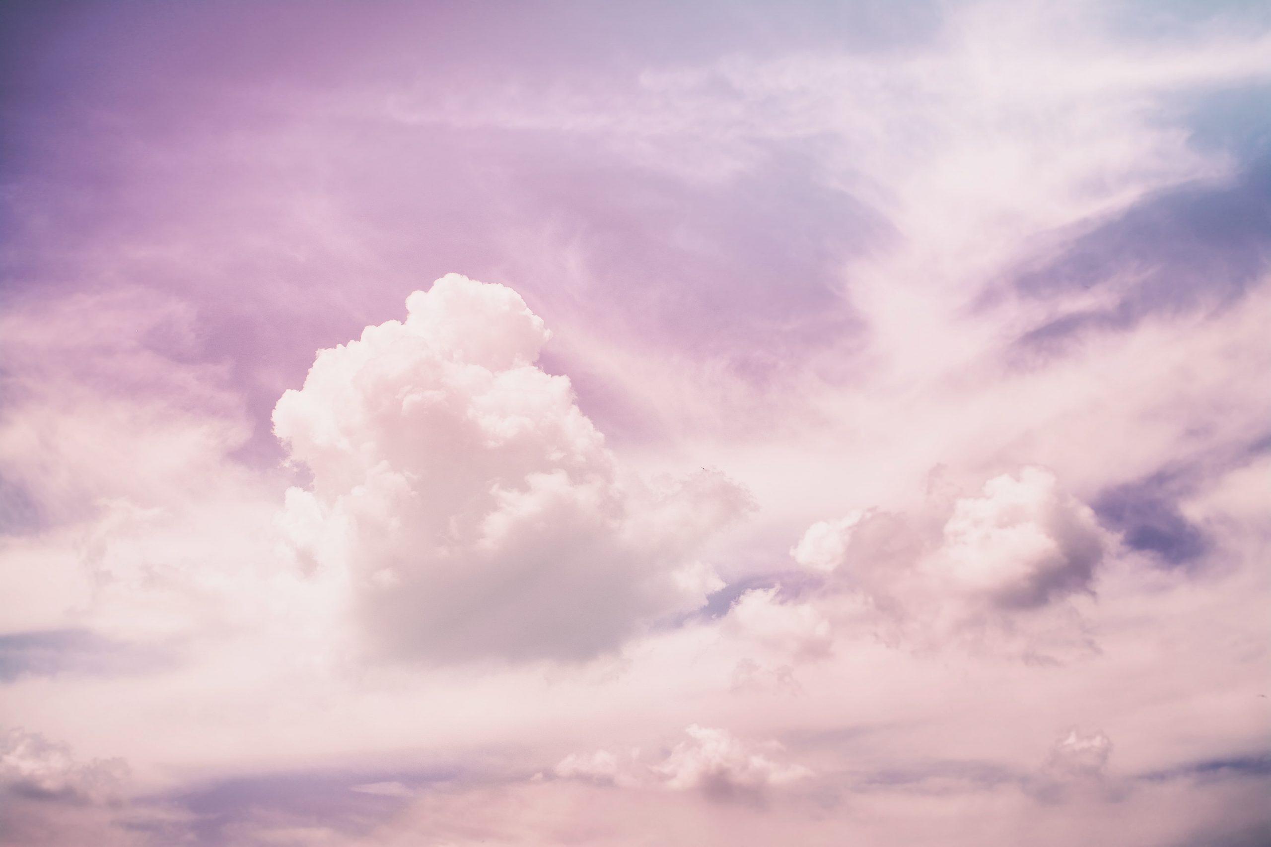 Cloud skin : la tendance jolie peau qui fait le buzz
